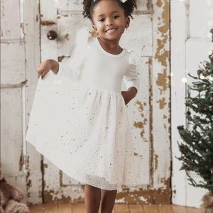 White Tulle dress (12-24 months) or 2T